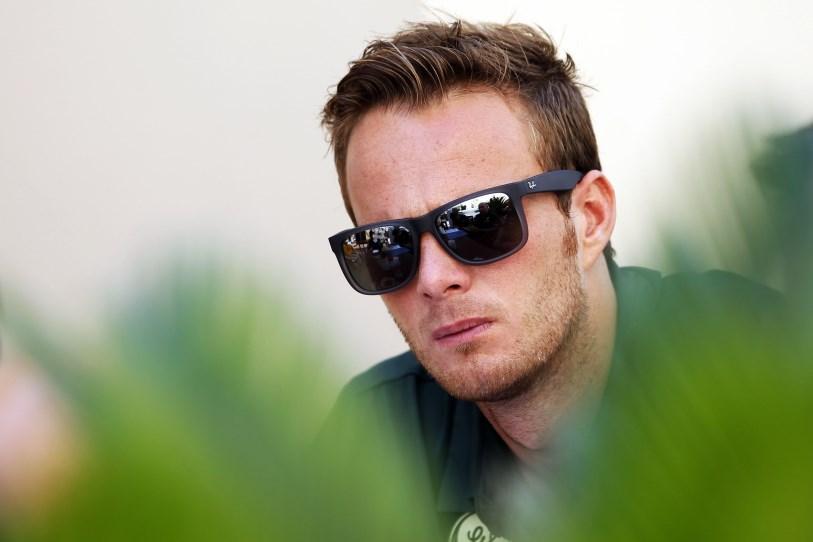Jan-Paul ten Hoopen heeft zich positief geuit over een Formule 1-zitje voor Giedo van der Garde volgend jaar. Volgens de manager van Giedo zijn er in Abu ... - 20303